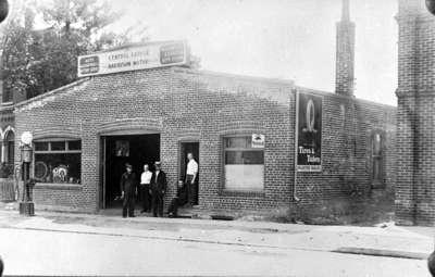 Central Garage, c.1922