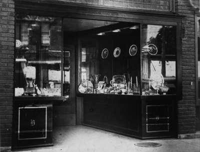 Bassett's Jewelry Storefront