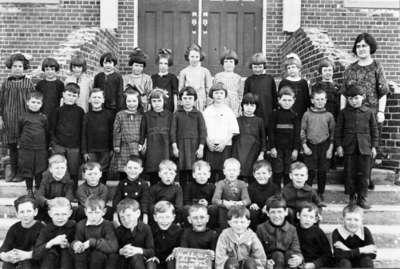 Class Photo, Brooklin Public and Continuation School, 1924