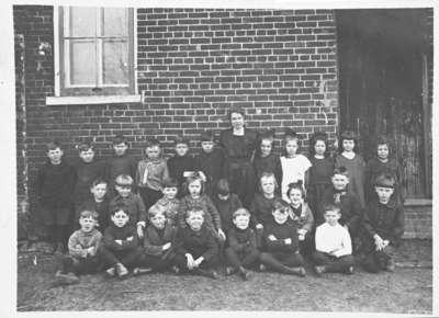 Class Photo, Room 1, Brooklin Public School, 1921-1922