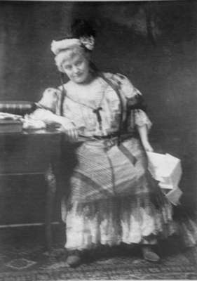 May Irwin, c.1910