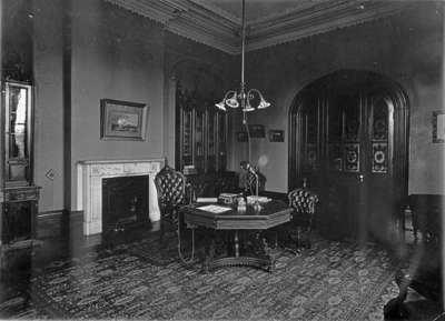 Office of the Principal at Ontario Ladies' College, c.1925