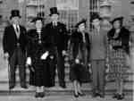 Greenwood and McLaughlin Families at Parkwood, September 4, 1938