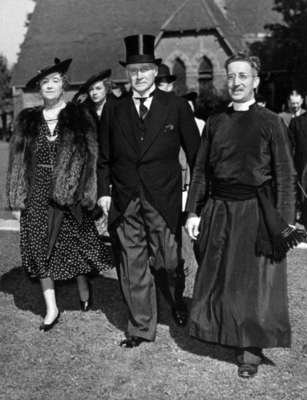 Hamer Greenwood, his Wife and Rev. E. Ralph Adye, September 4, 1938