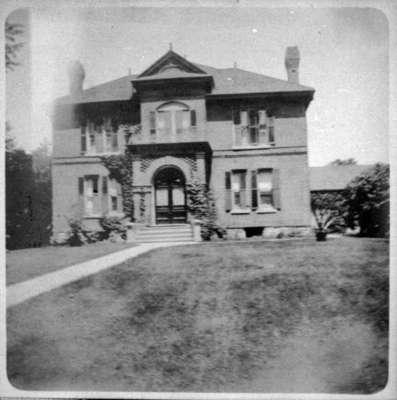 Residence of John Dundas Howden, c.1900