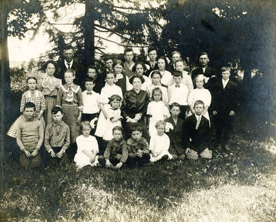 Class Photo, Whitby school, c.1915