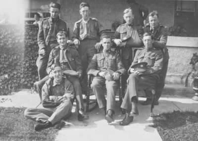 Group of Soldiers at George Dryden's House, 1917