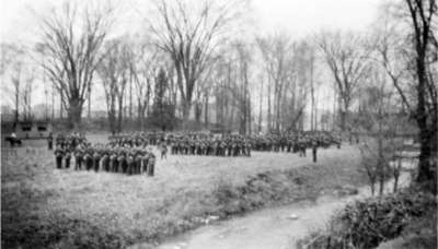 Ontario Regiment Training on Flats at Lynde Creek behind Inverlynn, c.1940