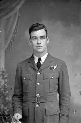 Portrait Photograph of George Scott, c.1943