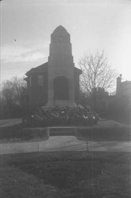Whitby Cenotaph, c. 1939