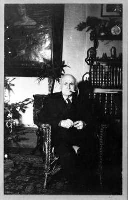 Robert Peter Perry, c. 1945