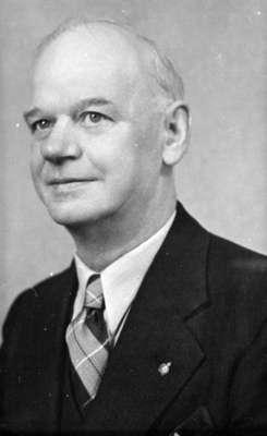 Robert McNee, 1937