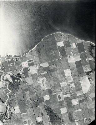 Lake Ontario - Duffins Creek - Shoreline, 1948 - Ajax - Aerial Photo