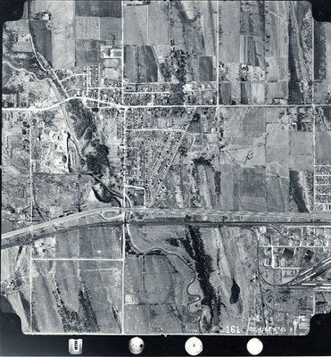Pickering Village - MacDonald Cartier Freeway - Highway 401 - Duffins Creek, c. 1962 - Ajax - Aerial Photo