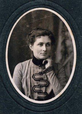 Hannah Louise Cornell Bie