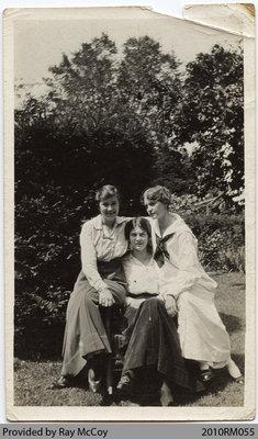Margaret Bunnell, Kathleen Foley Baird, Constance Foley in Paris