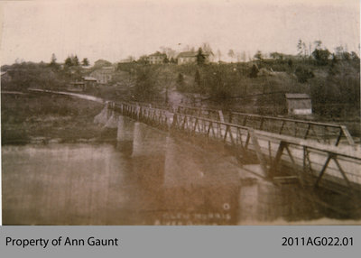 Photo of the Original Glen Morris Bridge Crossing the Grand River