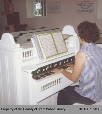 Organ at the Paris Plains Church