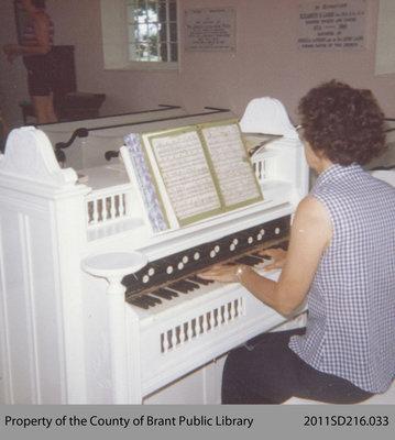 Organ at the Paris Plains Church
