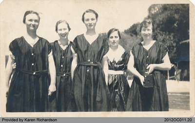 Photograph of Young Douglas Women