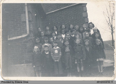 Students of School Section No. 2 in Middleport