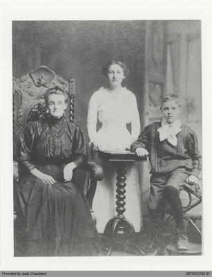 Photograph of Mary, Ada, and Gordon Edwards