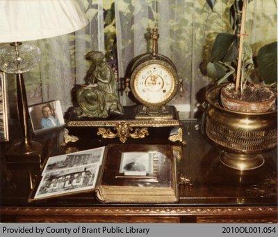 Lloyd Vivian's Antiques #4