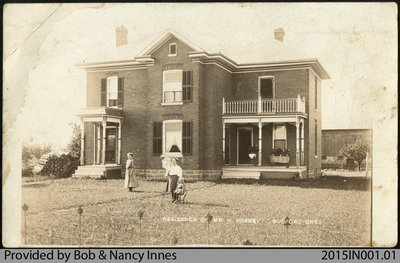Postcard of the Bonney/Innes Farm