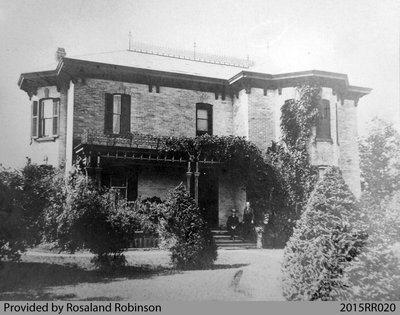 Photograph of the Jull House/Robinson Funeral Home