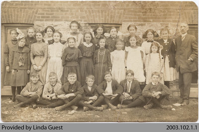 Senior Class, Mount Pleasant Public School, c. early 1900s