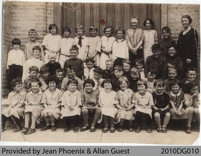 Mount Pleasant Public School Class, 1925-30?