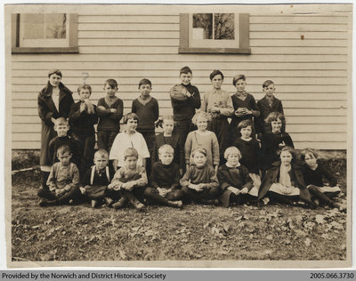 Valley School Class Photo, 1924-1925