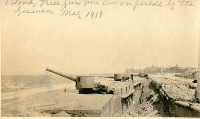 Ostend: Guns in trench