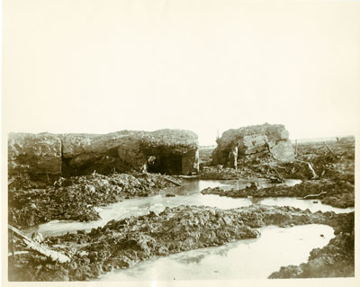 Photo of the mud in trenches at Passchendael