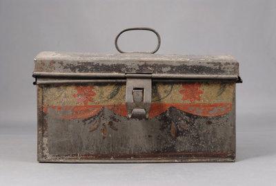 Tole tin money box