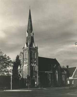 Knox Presbyterian Church, Oakville: exterior, 1973.
