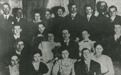 Choir of 1914, Knox Presbyterian Church, Oakville.