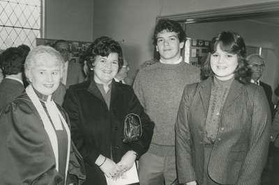 Barbara Gennrich, great granddaughter of James Nisbet with her children David and Kim, 1983.
