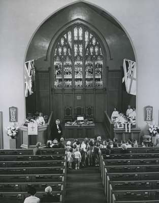 Rev. MacMillan and children.