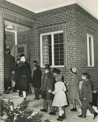 Children arriving for church school, Knox Presbyterian Church, Oakville.