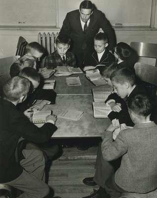 Mr. Lorne Henry's class, Knox Presbyterian Church, Oakville.
