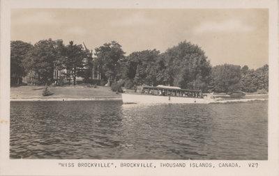 Ivy Lea Tour Boat