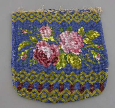 Floral Beaded Purse- c. 1800