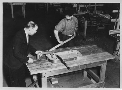 Building the McLaughlin-Buick Limousine for Edward VIII, Prince of Wales (19)