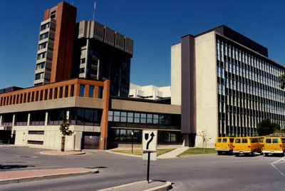 LH1523 Oshawa City Hall