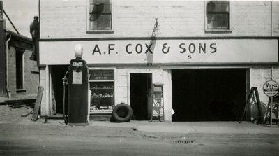 LH1532 A. F. Cox & Sons Garage