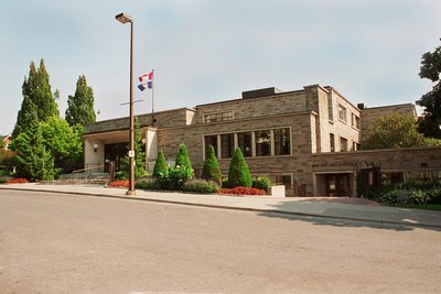 Oshawa Public Libraries - McLaughlin Branch