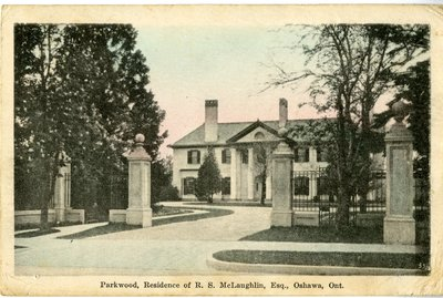 LH0262 Parkwood estate entrance Postcard