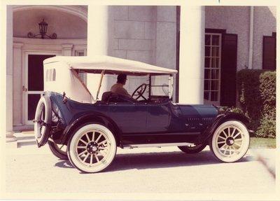 LH0279 1916 Buick