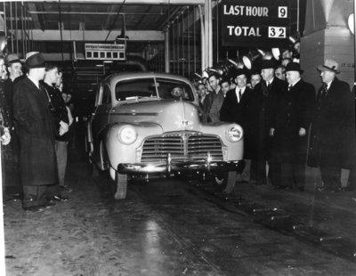 LH0305 General Motors - Civilian car